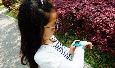 糖猫color通话手表评测:随心拍 爱分享的儿童电话手表
