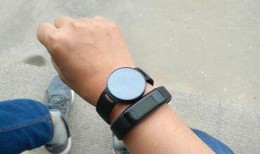 会开门的X6 NFC智能手环--功能丰富高颜值