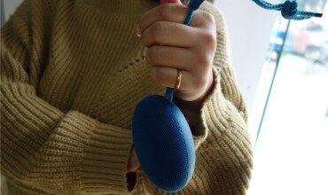 轻巧随行|音随我动:荣耀音乐小巨蛋便携蓝牙音箱上手体验!