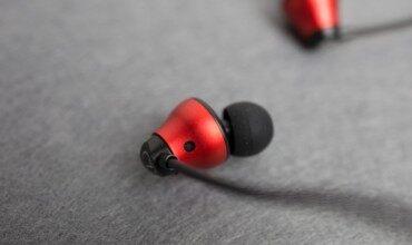 尽享圈与瓷之歌,雅天DC1圈瓷双单元入耳式耳机上手评测